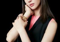 張鈞甯穿'粉配黑'套裝,撞衫倪妮,氣質和身材哪個更重要?