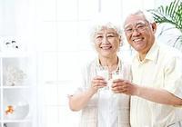 中老年人喝羊奶粉有哪些好處