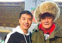 他是鄉村愛情1裡的趙四,跟了趙本山6年後離開,現走上人生巔峰