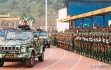 緬甸佤聯軍舉行三十年周大慶預備閱兵式,現場大量中國造武器亮相