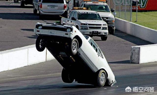 """為什麼開車會發生""""車尾下沉""""?"""