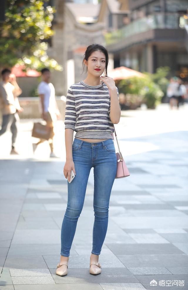 緊身褲如何穿出時尚感?