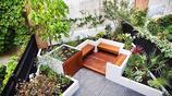 庭院設計:兩個把防腐木和混凝土完美結合到一起的下沉式私家花園