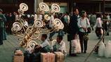 鏡頭下80年代的中國:三蹦子是當時的出租車,老人們打牌遛鳥