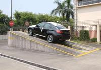 停車先掛P擋還是先拉手剎,直接決定你變速箱的壽命