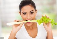 高血壓病人常吃芹菜,真的對降壓有好處嗎?醫生給出明確回答!