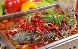 美食圖集:四川重慶兩地的傳統美食麻辣烤魚,麻辣鮮香,入口即化