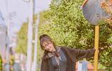 秦嵐街拍寫真笑容迷人 展治癒系溫暖魅力