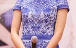 香港小姐出道,紅極一時的胡杏兒一直很美,40歲的她笑起來迷人