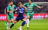 足球——德甲聯賽:不來梅勝沙爾克04