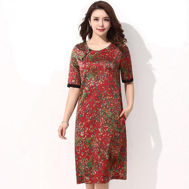 38-59歲穿短袖真絲連衣裙,輕奢華貴有氣質,時髦洋氣又減齡