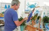 美國前總統小布什退休之後辦畫展,展出各國領袖肖像畫,畫風新奇