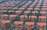 實拍中國遍地土豪的村莊,家家住千萬元豪華別墅,存款百萬開豪車