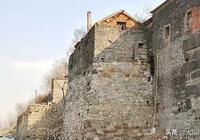 安徽省的這個縣,曾管過五州十三縣,它曾經的一個村卻成了地級市