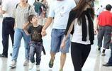 霍思燕帶著兒子亮相機場,嗯哼打扮特別,網友:霍思燕真是心機