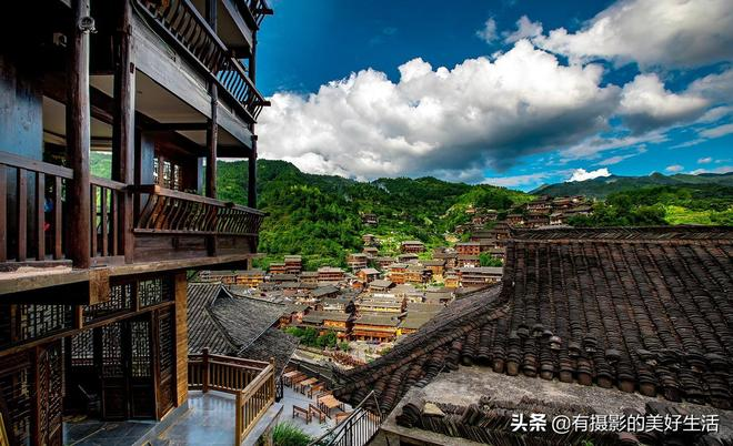 西江千戶苗寨,這個中國最大的苗寨,依舊是大山深處的顏值擔當