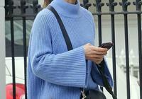 凱特王妃與妹妹同穿毛衣,穿搭隨性顯精神,皮帕潮範十足又減齡!