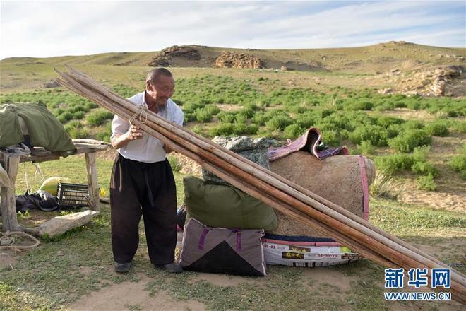 走近哈薩克族牧民的轉場生活
