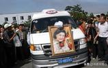 高秀敏葬禮,趙本山、宋丹丹、範偉弔唁,群眾自發送行哭聲滿街