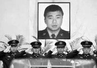 吉林輝南民警趙天昱身中21刀仍死死抓住行凶歹徒