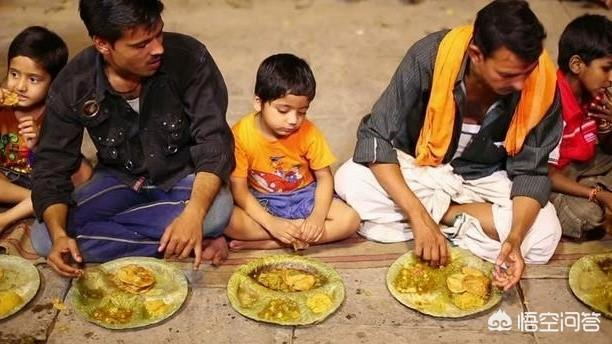 """中國的筷子在印度""""火""""了,那麼筷子的使用能改變印度人用手抓飯的習慣嗎?"""