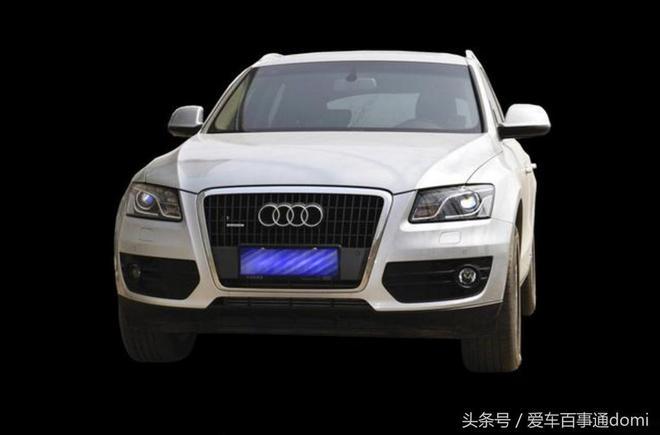 朋友花了20萬買了輛奧迪Q5,還以為是準新車,但車窗上的銘文出賣了隱情!