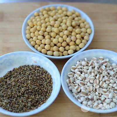 蕎麥薏米豆漿的做法
