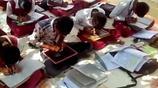 印度神奇學校 所有學生都會同時用雙手寫字