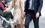 詹妮弗·勞倫斯和未婚夫現身街頭約會 一襲優雅長裙美呆了