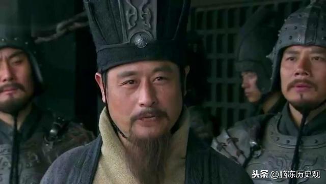 一心想扶漢的荀彧,為何不投奔劉備,卻要輔佐曹操,答案很簡單