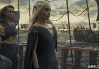 《權力的遊戲》第七季為何開場就安排龍媽海軍慘敗,因為要烘托她與囧雪之間的合作