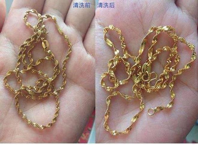 戴舊的黃金首飾別傻傻去珠寶店清洗,一個小妙招,讓首飾亮潔如新