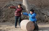 田間地頭的農村孩子,9張圖看了心疼,父母別因掙錢而忽略了他們