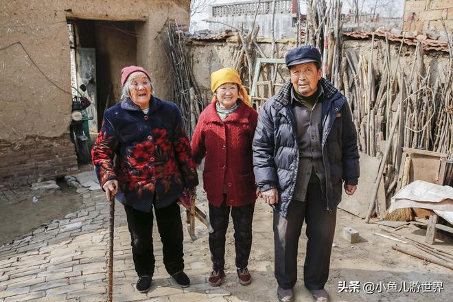 家有一老、如有一寶,97歲農村老人家庭和睦,說:好日子感謝政府