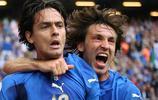 13年前今天世界盃意大利勝捷克 因扎吉進球慶祝 托蒂安慰內德維德