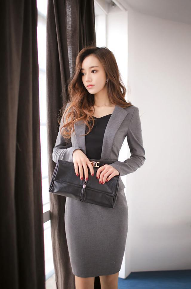 頭條女神孫允珠—灰色OL裝連身裙