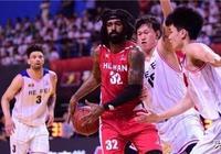 怒砍32分還是贏不了,只因前NBA探花的隊友連CBA都不算