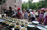 粵西土豪做年例擺60桌,不用禮金,帶點水果飲料上門隨便吃