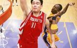 姚明NBA生涯6大最霸氣的隔人暴扣,飛躍科比扣籃,隔扣加內特