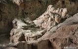實拍現在上百人兩個月修復一個兩千年前由泥人替活人殉葬的兵馬俑