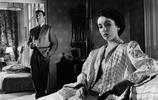 17歲的伊麗莎白·泰勒,電影膠片裡記錄下的黑白光影世界