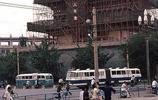 80年代的西安印象:古城樓隨處可見,剃頭師傅街頭亮絕活兒