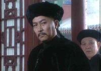 比起《康熙王朝》各種花哨技巧,《雍正王朝》才是真正的帝王劇