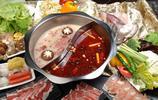 中國的火鍋花色紛呈,百鍋千味著名的如重慶的麻辣火鍋,麻辣醇香,名揚天下