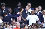 照片來了!姆巴佩現身女足世界盃決賽,並與法國總統交流甚歡