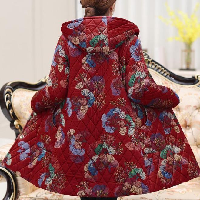 媽媽棉服又出新款了,洋氣又保暖,滿滿的減齡顯氣質