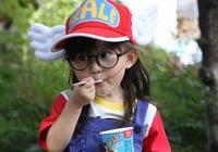 """她是""""真人版阿拉蕾"""",表情萌動天真可愛,今11歲的她成鄰家女孩"""