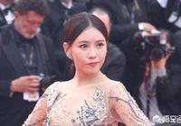 中國十幾線演員施予斐明目張膽去戛納蹭紅毯秀,蹭熱度被女保安進行驅趕你怎麼看?