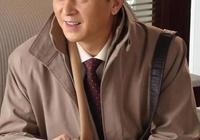 八十年代的俊秀小生,被田壯壯發掘演戲,成國家一級演員後演配角