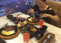 潮汕揭陽市區有西餐廳牛排好好吃,很香的的牛排